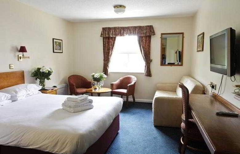 Cobham Lodge - Room - 3