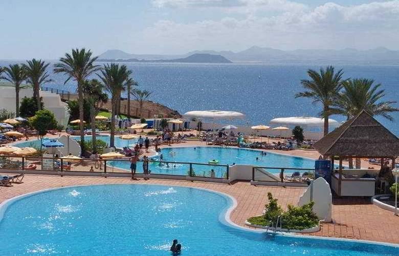 Papagayo Beach Resort Sandos - Pool - 4