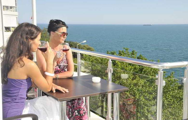 Adalia Hotel - Terrace - 2