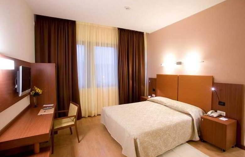 Mareschi Palace (Novara) - Room - 2