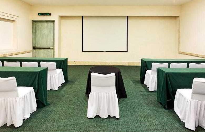 Holiday Inn Merida - Hotel - 16