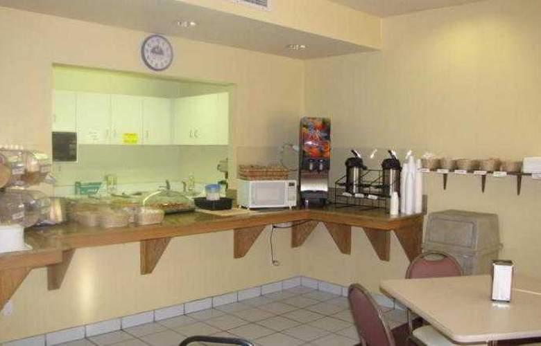 Americas Best Value Inn Oakhurst - Restaurant - 21