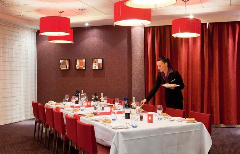 Novotel Leeds Centre - Restaurant - 66