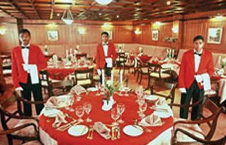 Grand Hotel Nuwara Eliya - Restaurant - 0