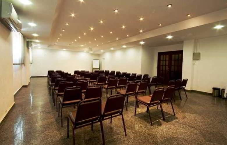 Praia Linda - Conference - 26