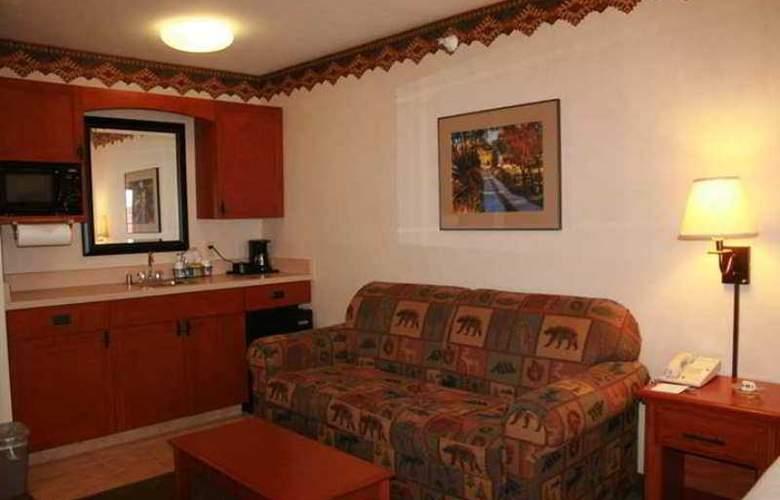 Hampton Inn & Suites Los Alamos - Hotel - 3