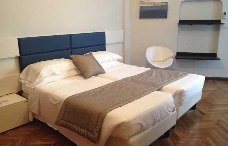 Park Hotel Suisse - Room - 1