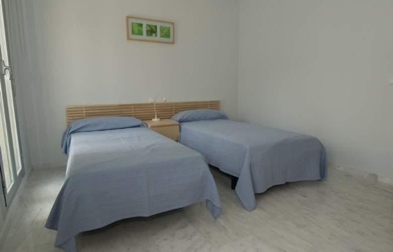 Calalucia - Room - 1