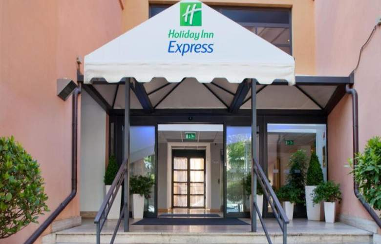 Holiday Inn Express Rome San Giovanni - Hotel - 10