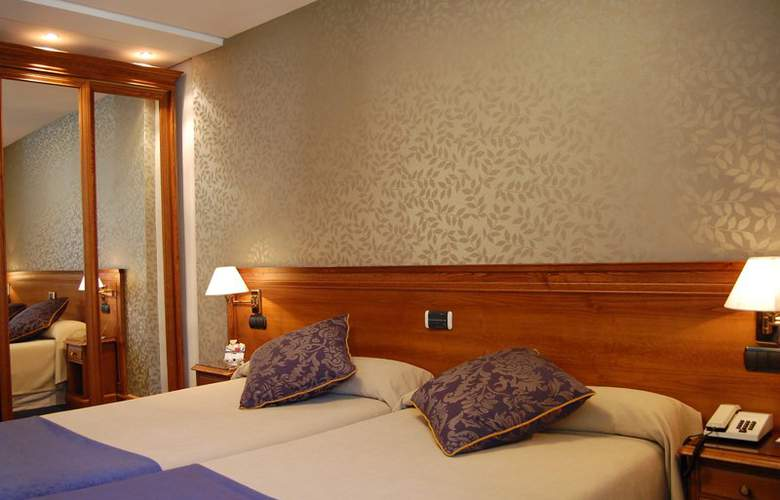 Sercotel Felipe IV - Room - 9