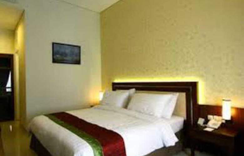The Gambir Anom Hotel Solo - Room - 9