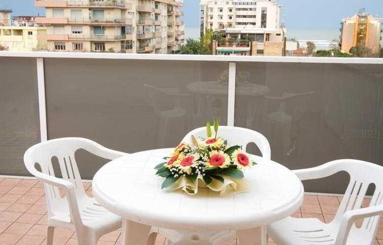 Suite Hotel Parioli - Terrace - 11