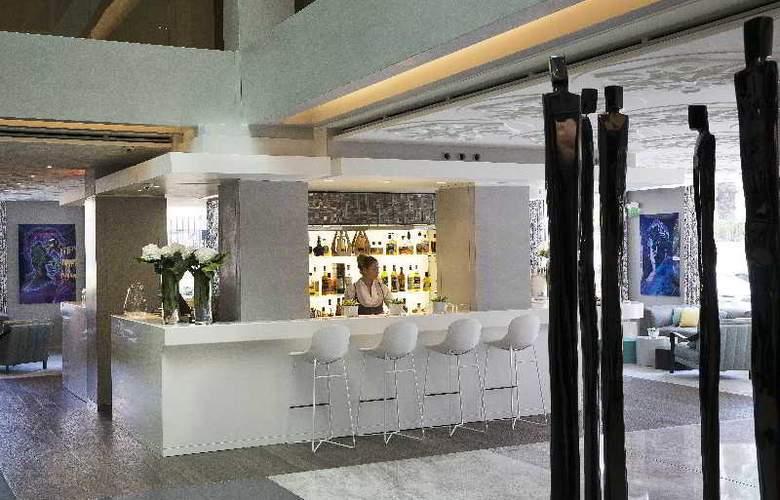 Hotel de Paris Saint Tropez - Bar - 8