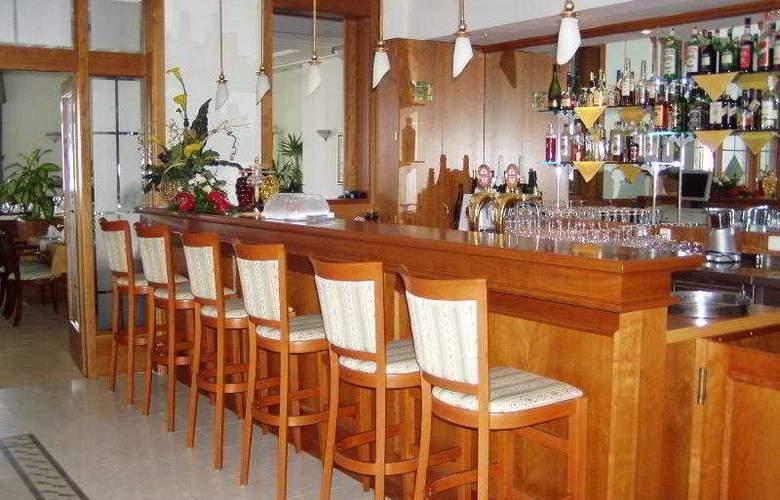 Hotel Korana Srakovcic - Bar - 4