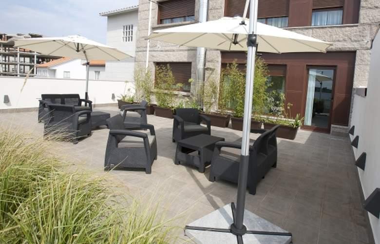 Natura Petit - Terrace - 3