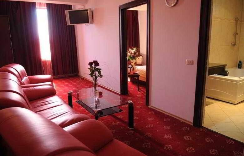 GMG Hotel - Room - 4