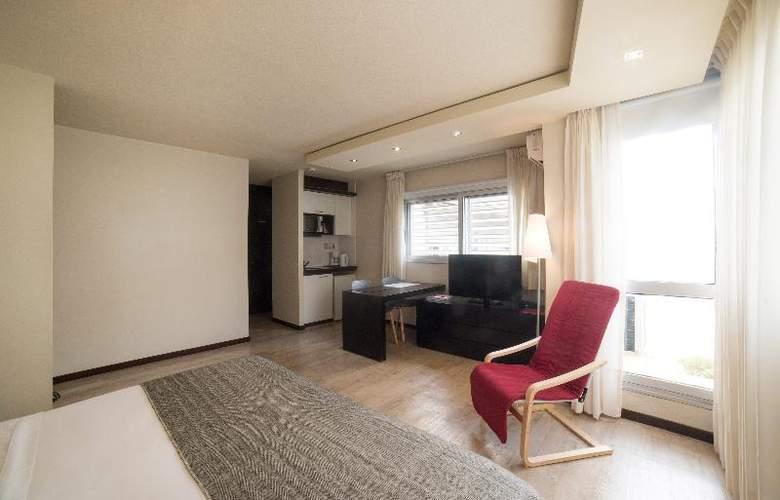27 Suites - Room - 12