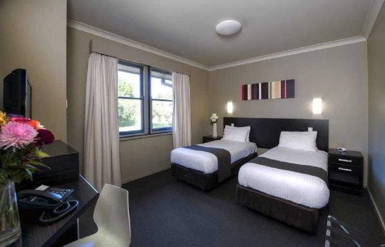 Best Western Blackbutt Inn - Hotel - 1