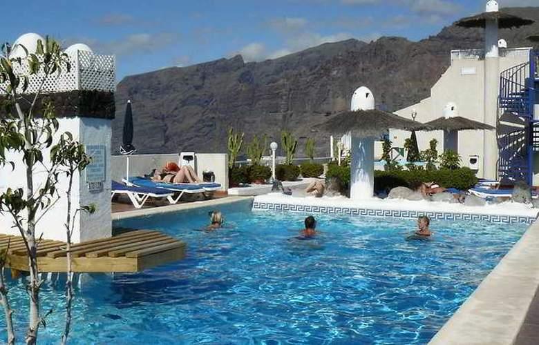 Vigilia Park - Pool - 10