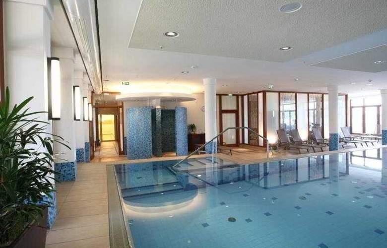 Atlantic Hotel Wilhelmshaven - Pool - 4