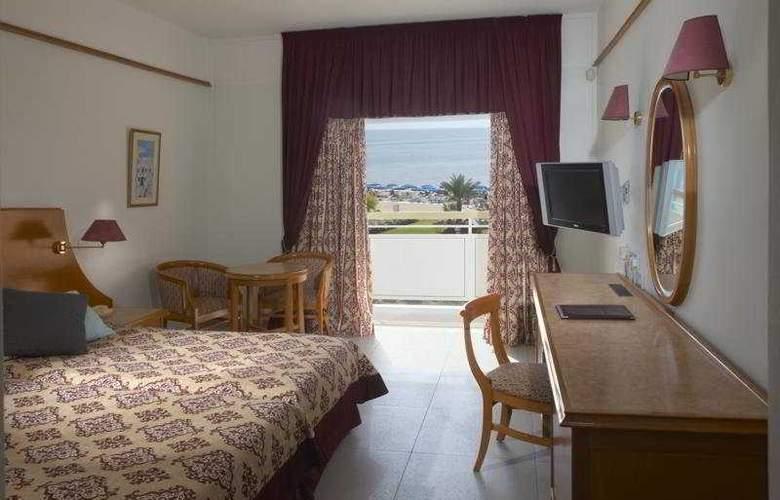 Asterias Beach - Room - 2