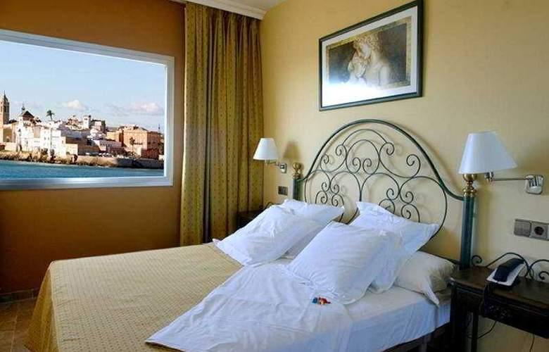 Port Sitges Resort - Room - 5