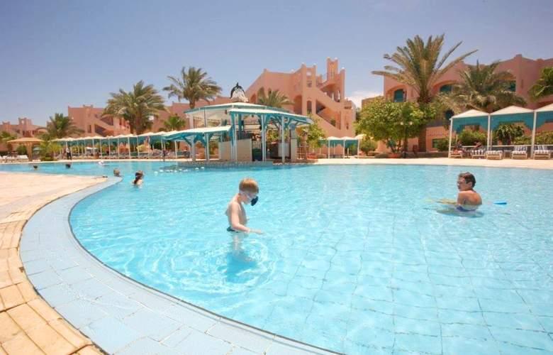 Le Pacha Resort - Pool - 5