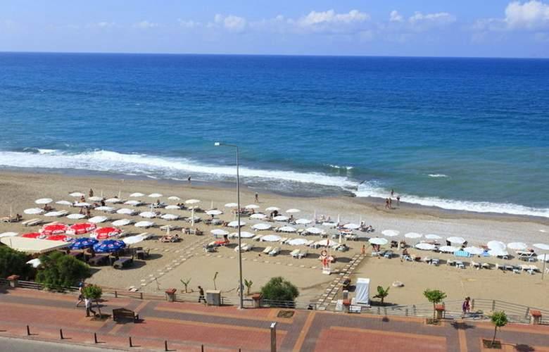 Monart City - Beach - 5