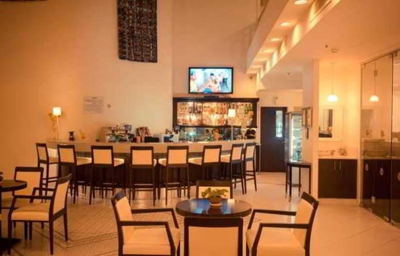 Vista - Restaurant - 11