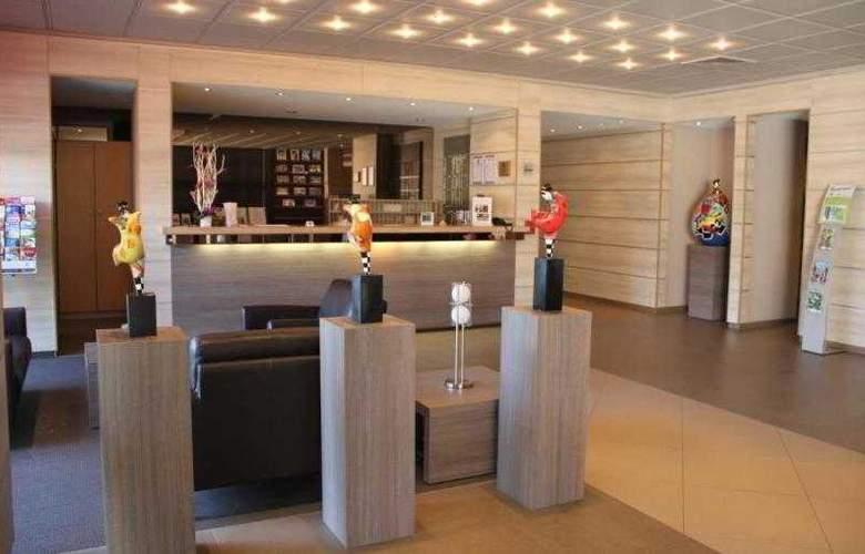 BEST WESTERN PLUS Hotel Casteau Resort Mons - Hotel - 25