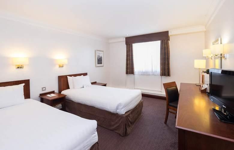 The Royal Angus - Room - 6
