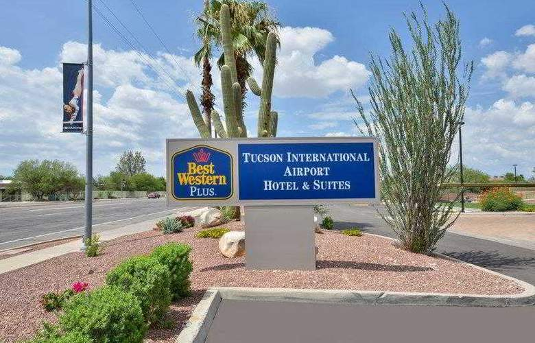 Best Western Tucson Int'l Airport Hotel & Suites - Hotel - 65