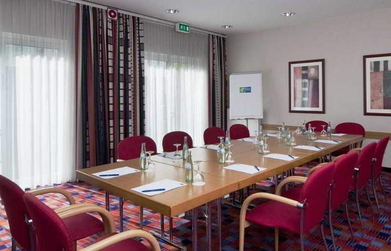 Holiday Inn Express Cologne Muelheim - Conference - 30