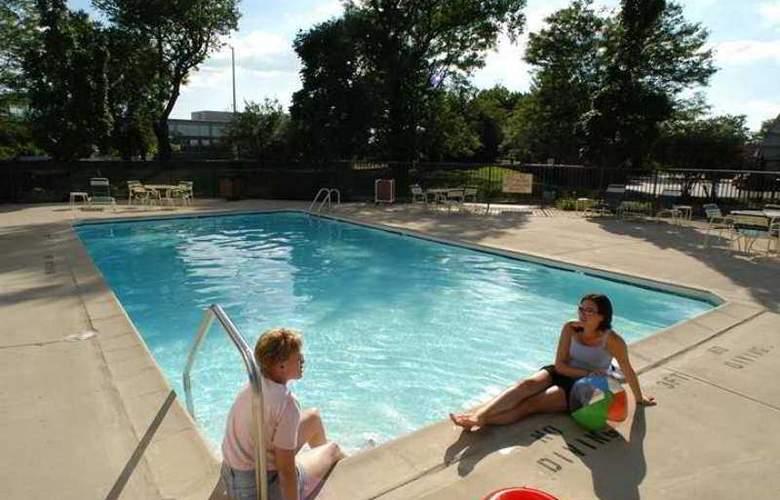 Hampton Inn Chicago/Naperville - Hotel - 4
