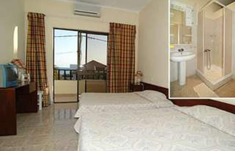 Santa Maria Beach - Room - 2