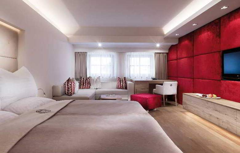 Schwazer Adler Hotel - Room - 4
