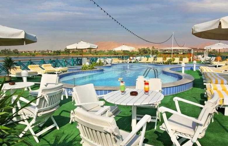 M/S Sonesta Moon Goddess Nile Cruise - Pool - 8
