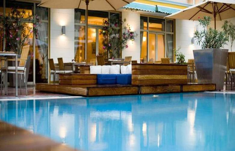 Hyatt Regency Baku - Pool - 11