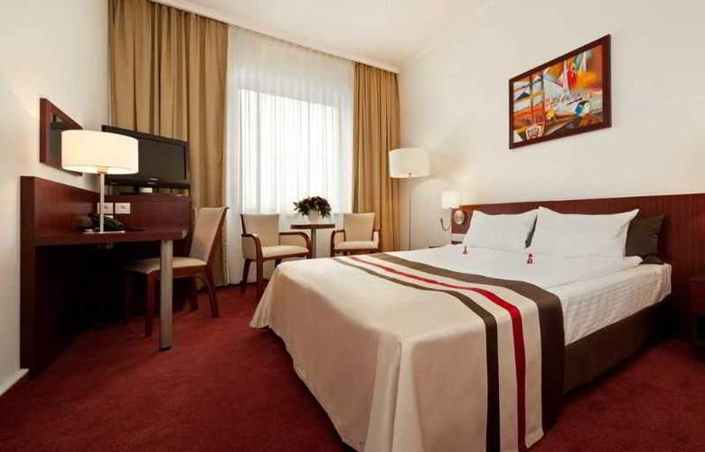 Best Western Premier - Room - 4