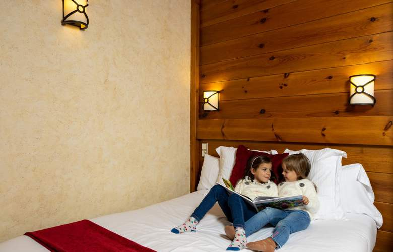 Apartaments Turistics Els Llacs - Room - 15