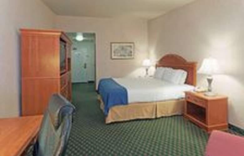 Holiday Inn Express Bakersfield - Room - 11