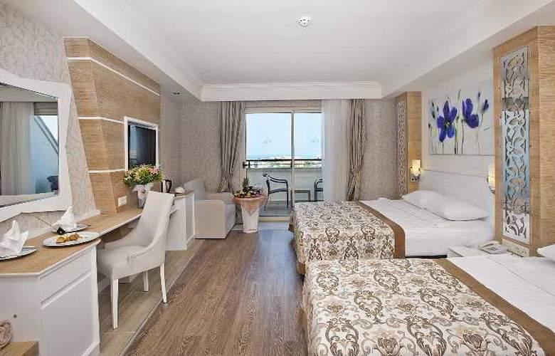 Crystal Sunset Luxury Resort & Spa - Room - 14