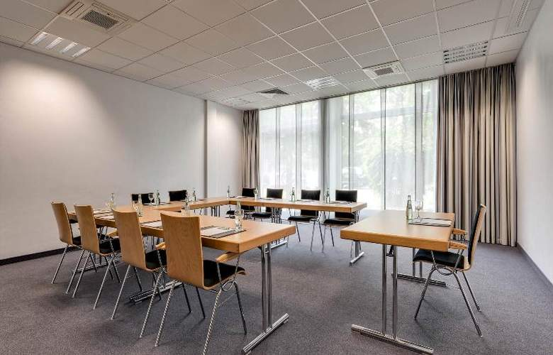 Park Inn by Radisson Berlin City West - Conference - 14