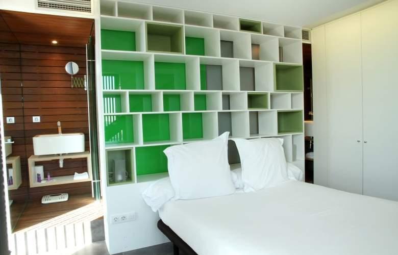 Apartamentos Just Style - Room - 3