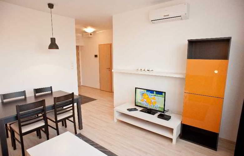 Sun Resort - Room - 12