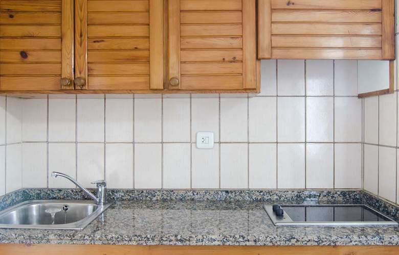 Apartamentos Pou Des Pujols - Room - 7