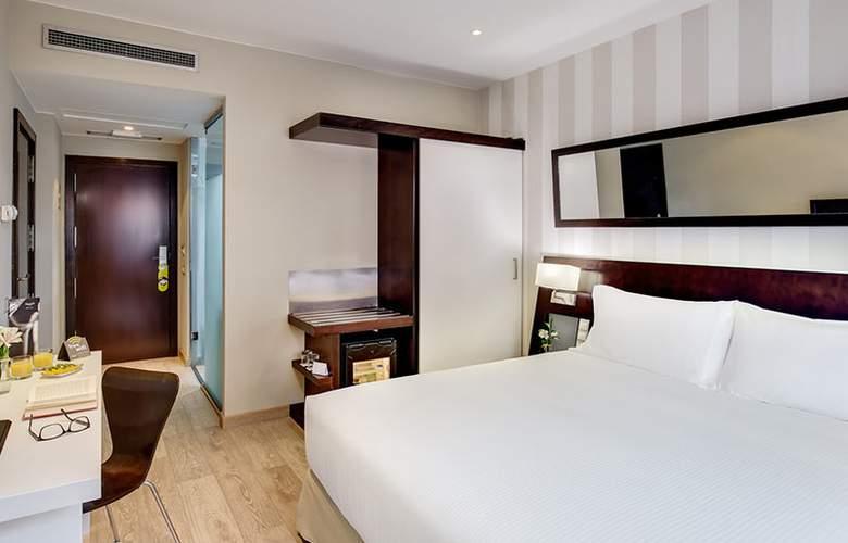 Sercotel Madrid Aeropuerto - Room - 13