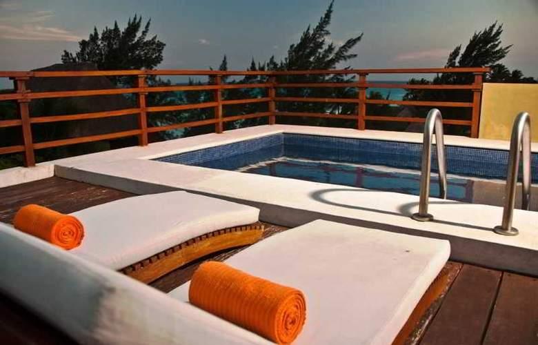 Pueblito Escondido Luxury Condohotel - Pool - 14