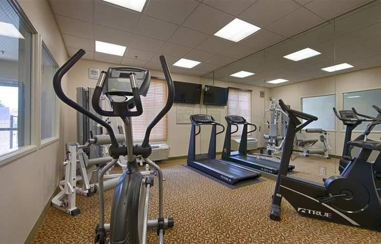 Best Western Country Park Hotel - Sport - 42