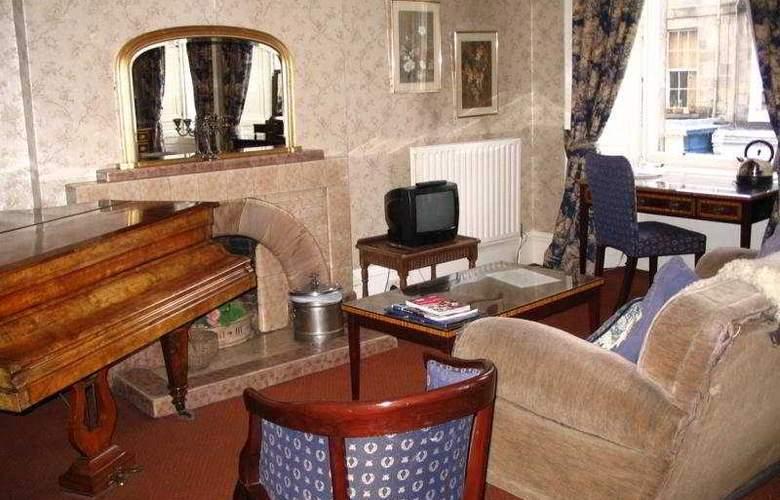 Regent House - Room - 3